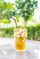 Passion fruit soda with mint