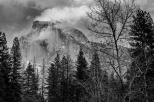 Grayscale of Yosemite mountain range