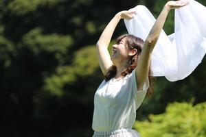 bailando en el parque foto