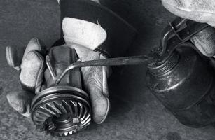 applying oil on a gear