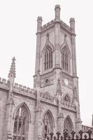 ruínas da igreja de são luke, liverpool, inglaterra