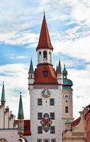 Torre del reloj del zodíaco, Munich, Alemania foto