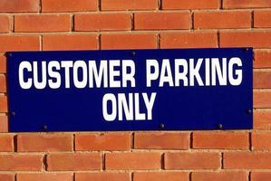 señal de estacionamiento del cliente foto