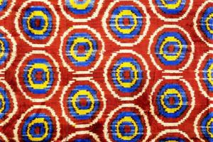 vollfarbiger Teppich
