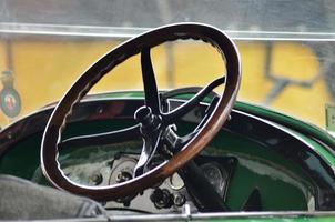 volante coche antiguo foto
