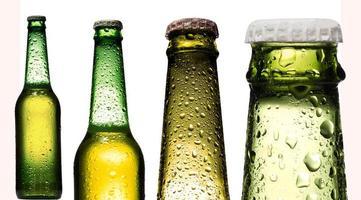 collage de cerveza, aislado en blanco foto