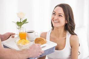 desayuno en la cama foto