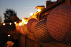 linterna y luces al aire libre