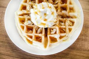 caramel waffles with cream