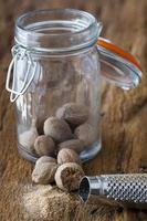 Spice jar and nutmeg grater
