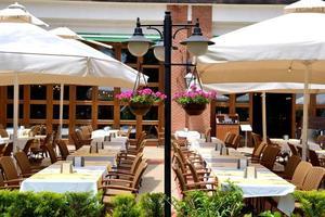 restaurante ao ar livre em hotel de luxo moderno, marmaris, turquia