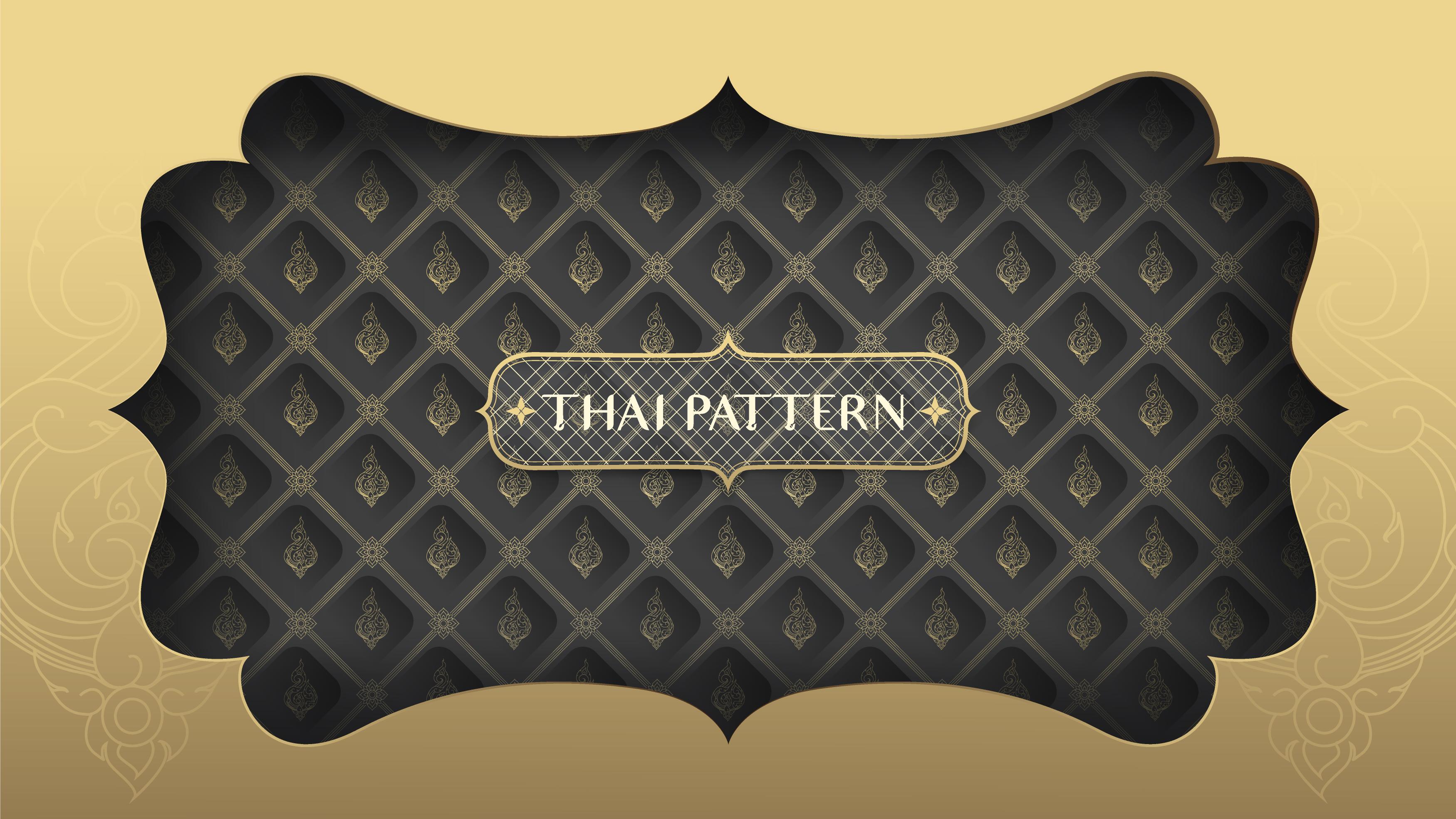 marco dorado sobre patrón tailandés negro y dorado