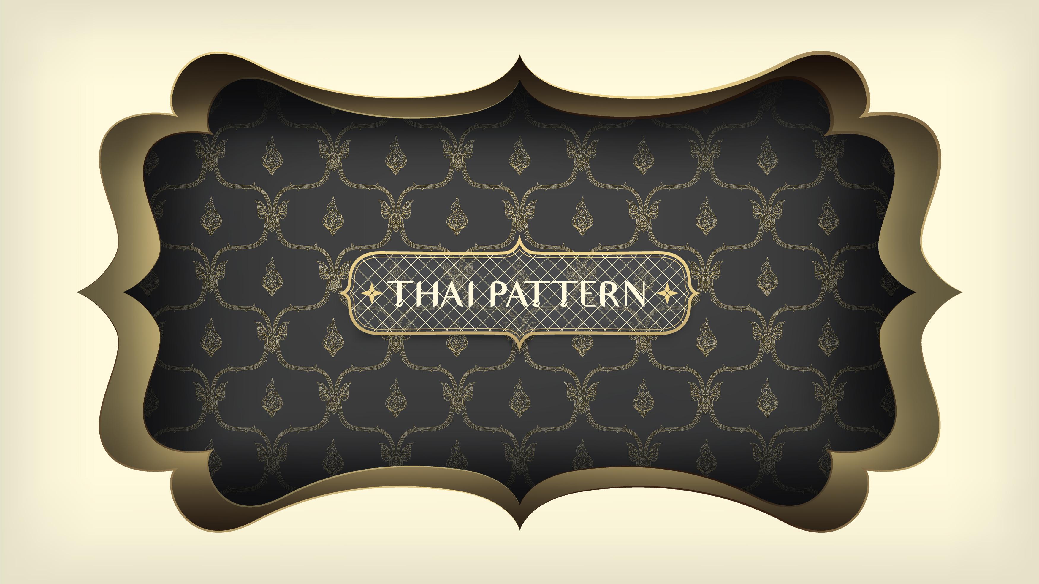 patrón tailandés negro con marco dorado adornado