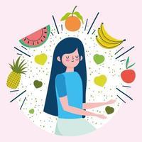 mujer joven con frutas frescas y saludables