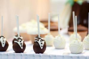 Wedding cake pops as bride and groom