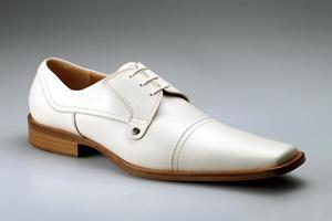 scarpa uomo photo