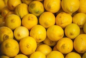 tas de citrons photo