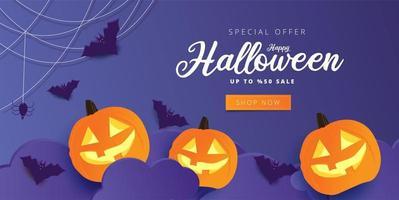Banner de venta de feliz halloween púrpura con calabazas y murciélagos
