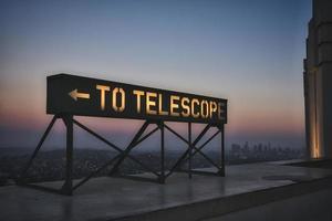 a la señalización del telescopio
