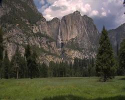 Upper Yosemite Falls from meadow video