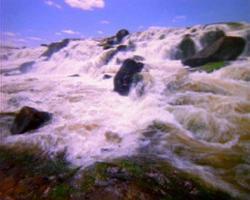 caduta e fiume 35 mm video