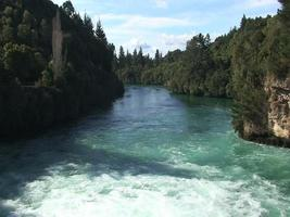 Huka Falls e Waikato River video