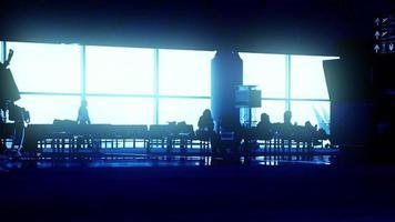 Menschen im Flughafen