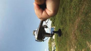 pesca com molinete