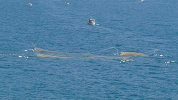 barca a vela per reti di pesca
