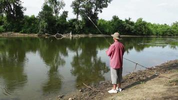 pescador esportivo video