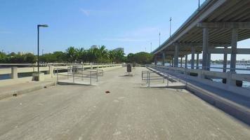 puente de pesca video