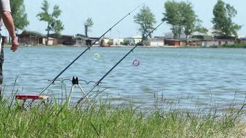 pescatore in attesa di cattura
