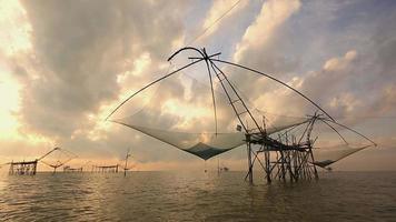 Fischer, der Fische fängt