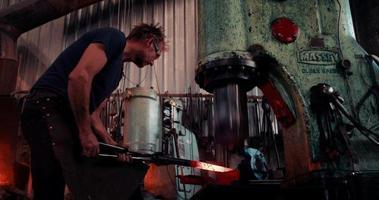 proceso de fabricación de hierro forjado