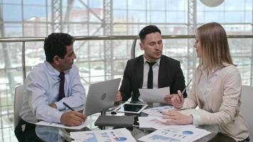 Finanzanalysten bei der Sitzung
