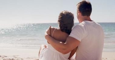 couple ayant de l'affection ensemble video