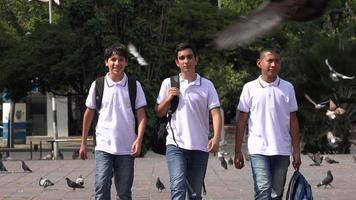 niños de la escuela de preparación de estudiantes video