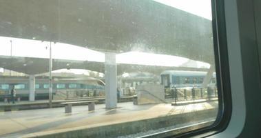 4k: en attendant le départ du train