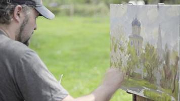 conceito primavera branca. artista habilidoso desenha pinturas de macieiras em flor