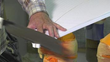 shaper artigiano di tavole da surf