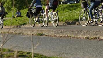 Sportaktivitäten Park Menschen Fahrradfahren Laufen
