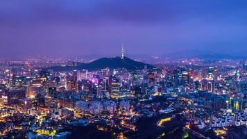Time lapse Cityscape of Seoul with Seoul tower, South Korea.