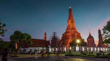 Thaïlande célèbre wat arun bangkok temple square panorama 4k time lapse video