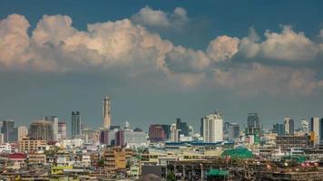 Tailândia céu ensolarado bangkok cidade paisagem urbana panorama 4k time lapse