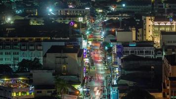 Tailandia noche iluminación calle tráfico techo superior panorama 4k lapso de tiempo video