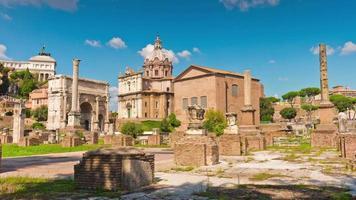 Italië zomerdag rome stad beroemde Romeinse forum panorama 4 k time-lapse video