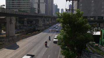 cidade tailandesa, centro, luz, tráfego, rua, cruzamento, 4k, bangkok