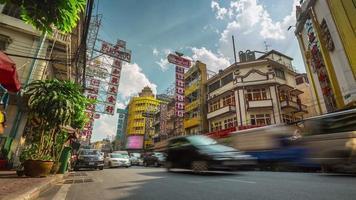 Thailandia bangkok città traffico marmellata strada strada giornata di sole vista 4k lasso di tempo