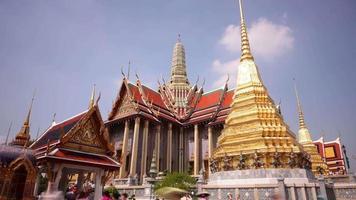 Tailandia Bangkok soleado día principal templo Wat Phra Kaew panorama 4k lapso de tiempo
