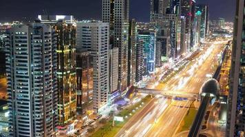 4k Zeitraffer auf der High Light Street in Dubai video